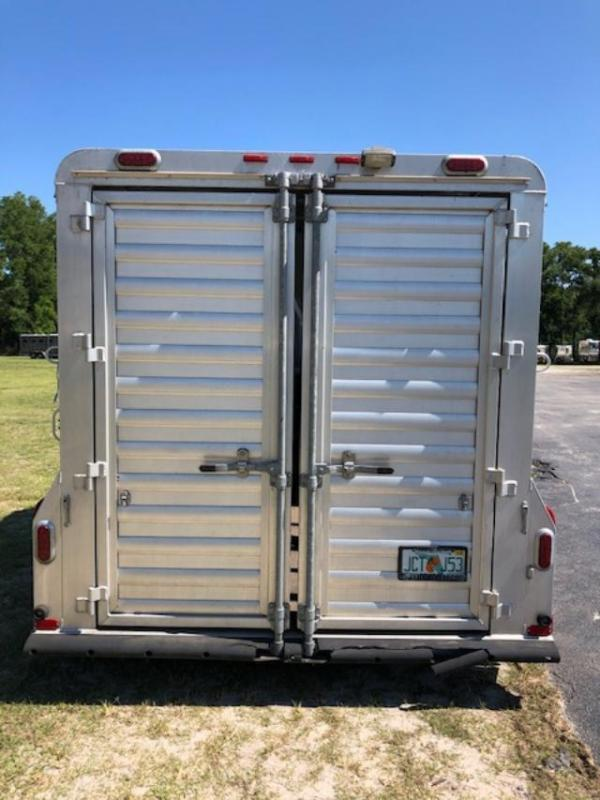 2007 4-Star Trailers 2 horse stock bumper pull w/dressing room Horse Trailer
