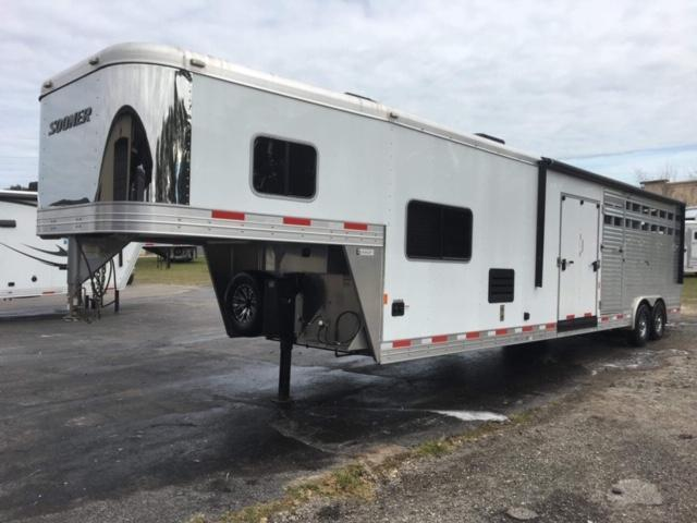 2016 Sooner 8 wide 10' lq w/midtack bunks and 14' stock area Horse Trailer