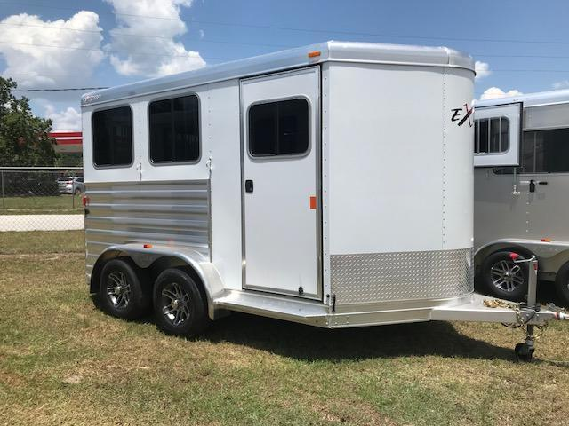 2020 Exiss Trailers 2 horse slant XT with dressing room Horse Trailer