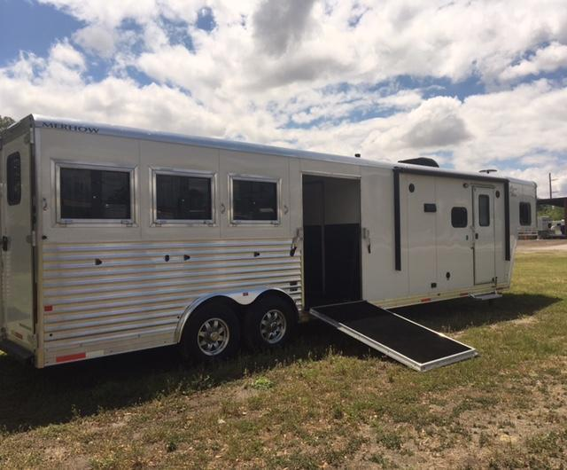 2020 Merhow Trailers 8' wide 3 horse w/14' lq slide & side ramp Horse Trailer