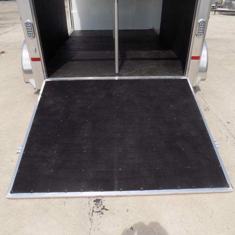 New Sundowner Charter 2 Horse Straight Load Trailer w/ Front Tack