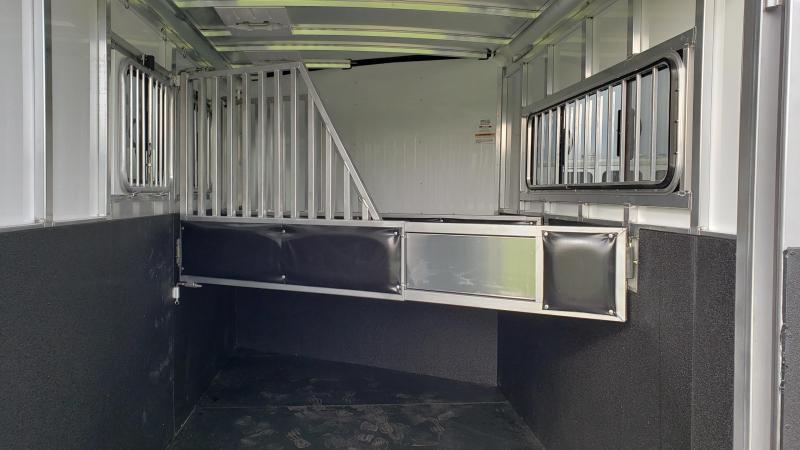 New All Aluminum Sundowner Sportsman 3 Horse Trailer - Slant Load