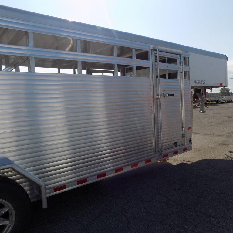 New Sundowner Trailers Rancher Express 20