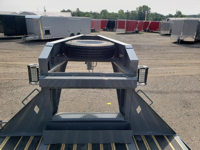 "New Diamond C Trailers 102"" x 30' Gooseneck Equipment Trailer W/ Blackwood Decking"