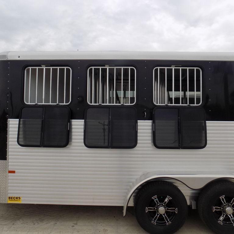 New Sundowner Trailers Super Sport Bumper Pull 3 Horse