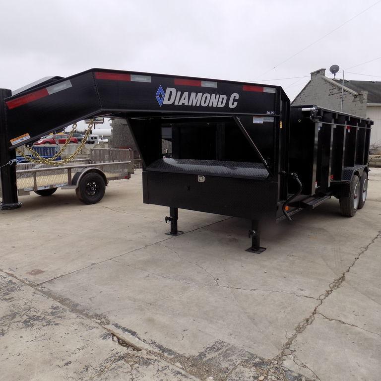 New Diamond C Trailers LPDTG82X14-44