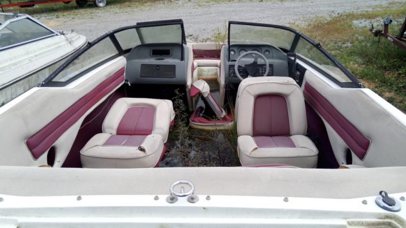 1992 Sunbird Boat Co Sunbird EUROSPORT