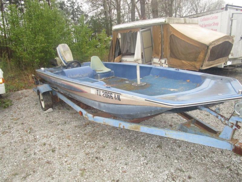 1984 Glasstream Boats Glassstream 1550 PRO BASS