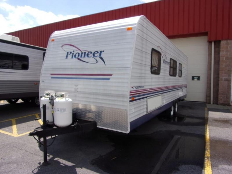 2004 Pioneer Pioneer 24