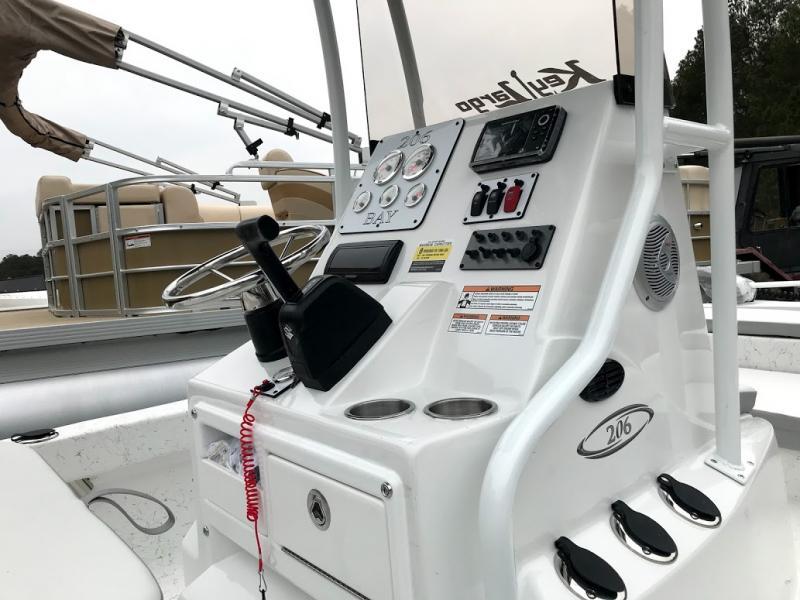 2018 Caravelle Boat Group Key Largo 206 BAY