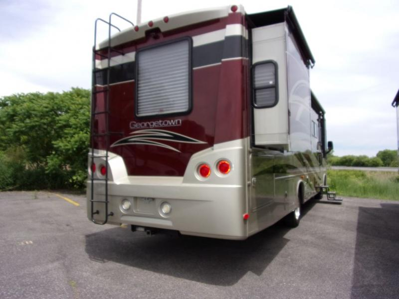 2013 Forest River Georgetown 329