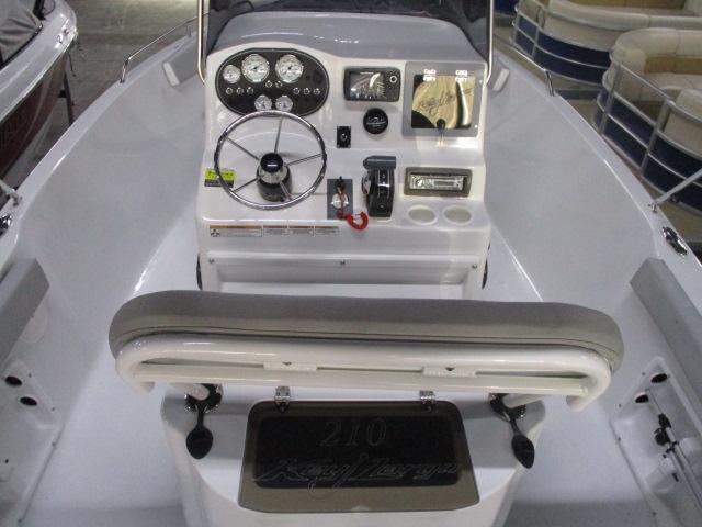 2019 Caravelle Boat Group Key Largo 210LX WI