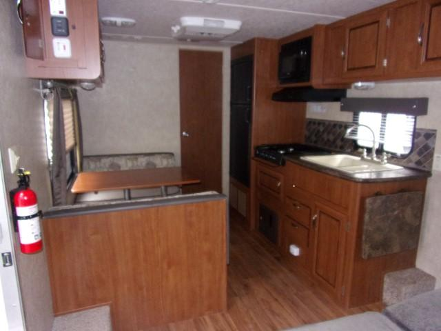 2014 Wildwood By Forest River Wildwood X-lite 241QBXL