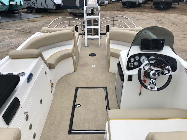 2016 Caravelle Boat Group Razor 238PF