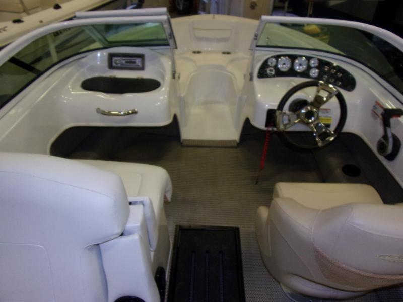 2019 Caravelle Boat Group Caravelle 19 EBO