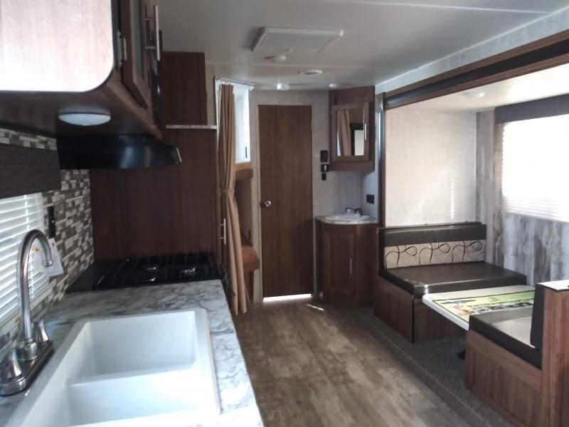 2019 Gulf Stream Coach Conquest 255BH