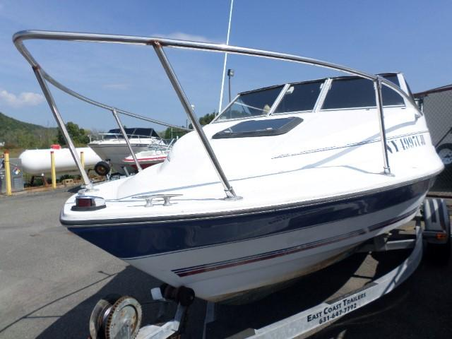 1993 Brunswick Boat Group Bayliner CAPRI