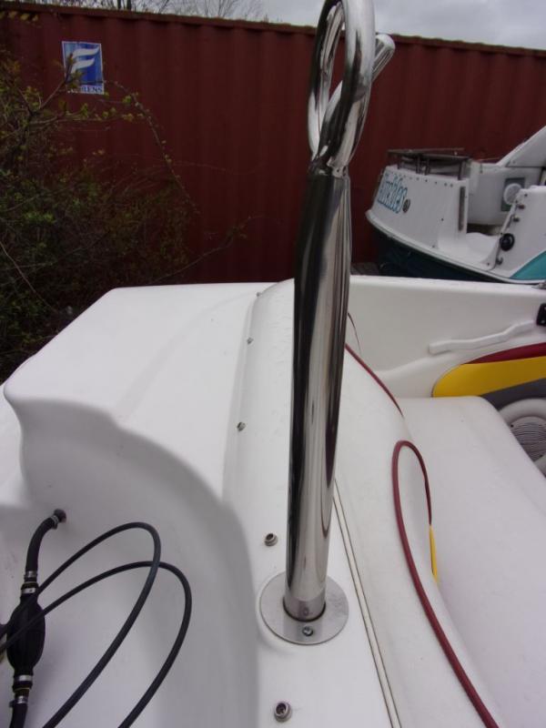 2000 Glastron Boats Glastron 160