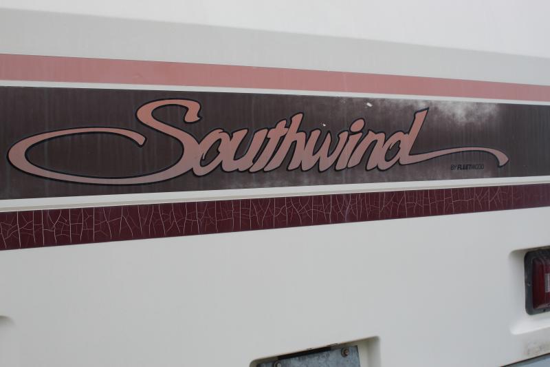 1992 Fleetwood Southwind 32H