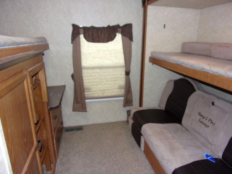 2013 Tracer By Forest River Tracer 3150 BHD