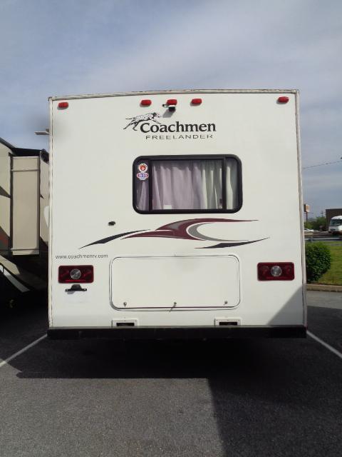 2011 Coachmen Freelander 31SS