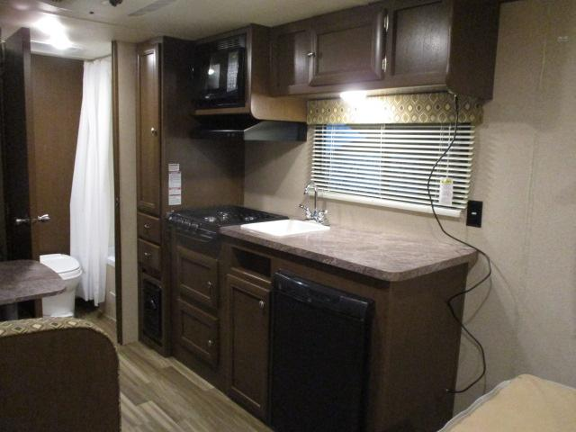 2017 Forest River Shasta Oasis 18FQ