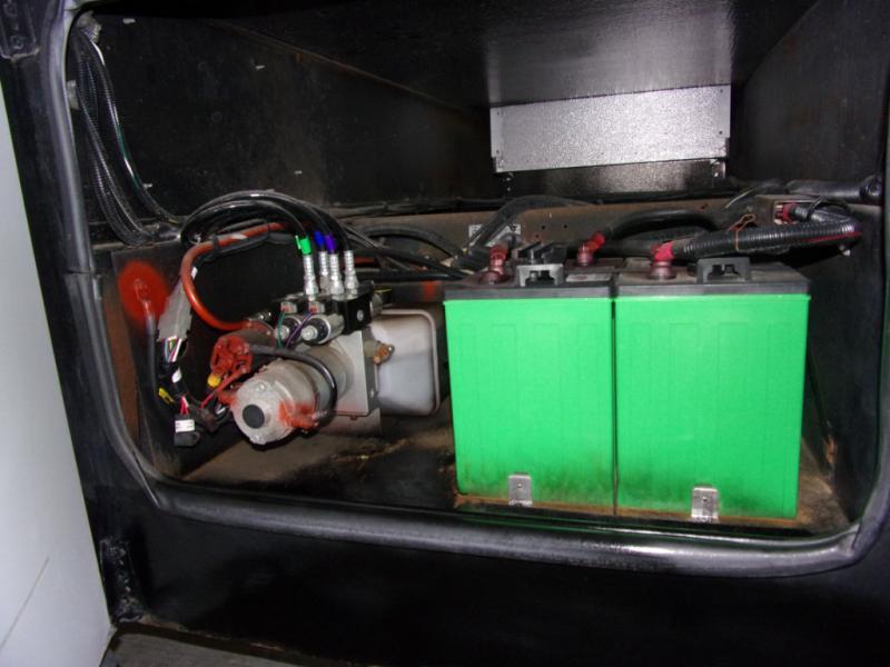 2014 Thor Motor Coach Miramar 32.1F