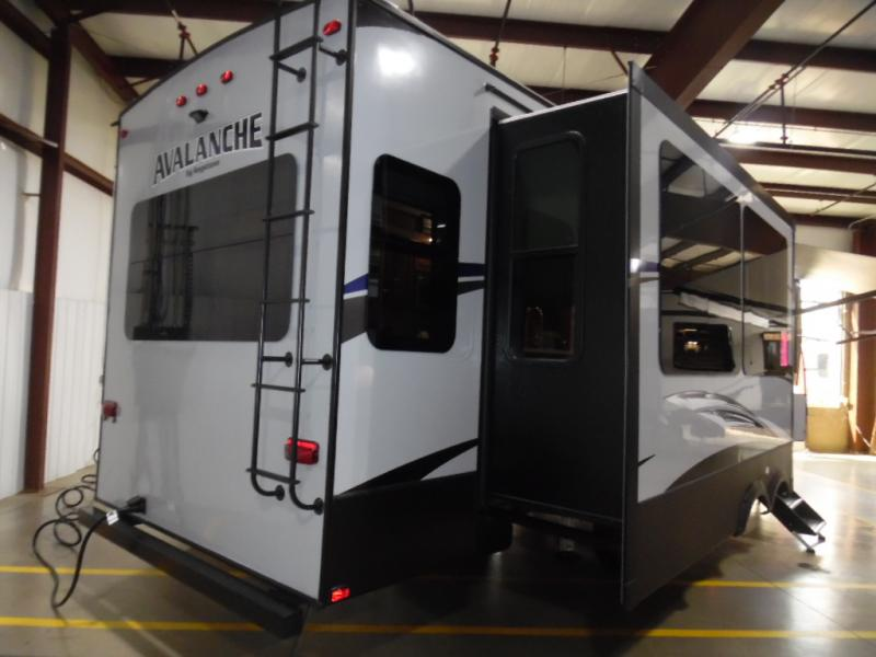 2019 Keystone Rv Company Avalanche 320RS