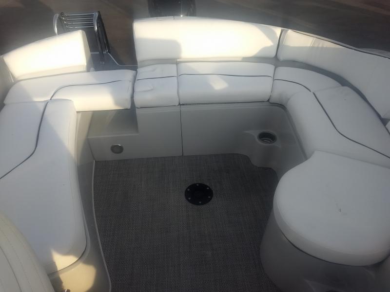 2019 Caravelle Boat Group Razor 219UU