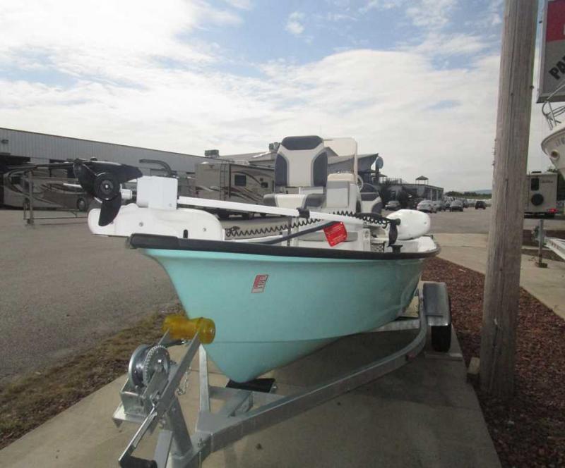 2018 Caravelle Boat Group Key Largo 161 BAY