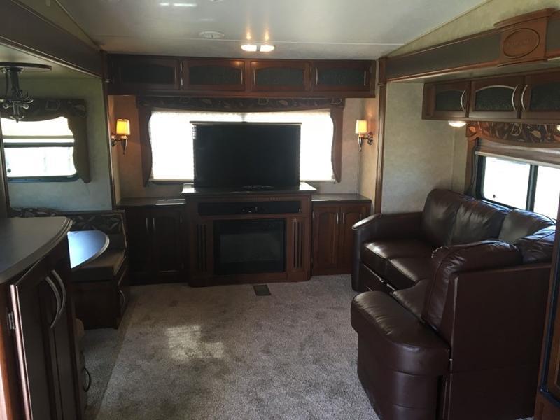 2013  Cruiser 285RET