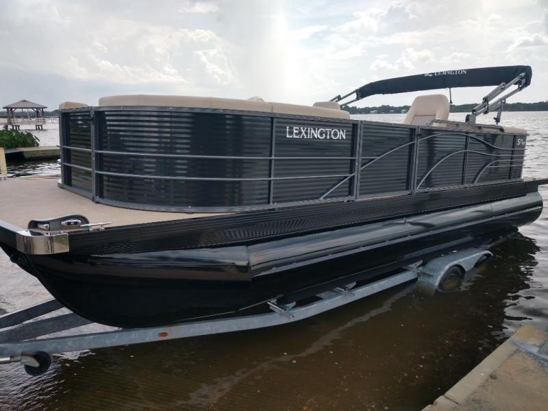 2020  Lexington 524 EXTREME