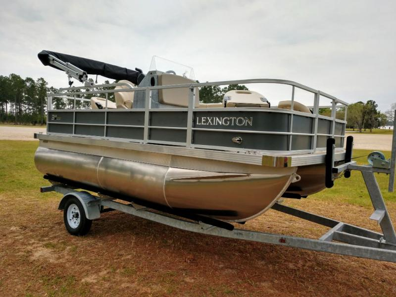 2019 Lexington Marine Group Lexington 315