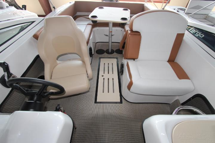 2019 Caravelle Boat Group Caravelle 19EBO