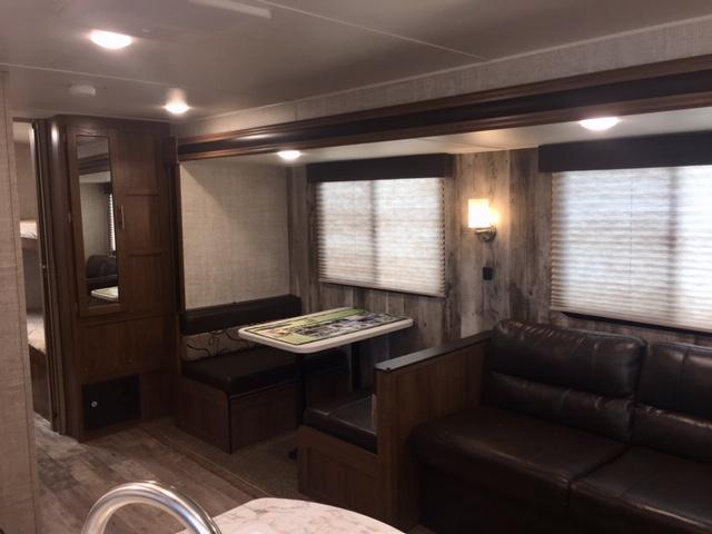 2019 Gulf Stream Coach Conquest 279BH