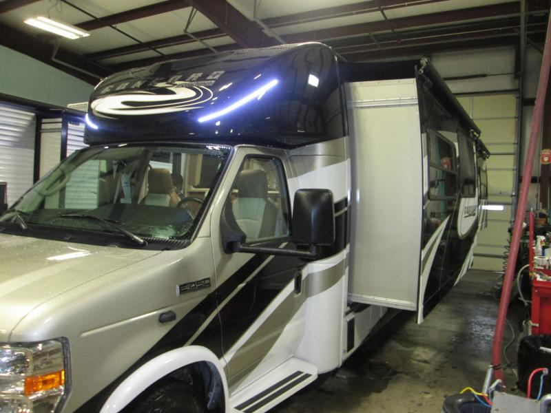 2019 Coachmen By Forest River Concord 300DSF