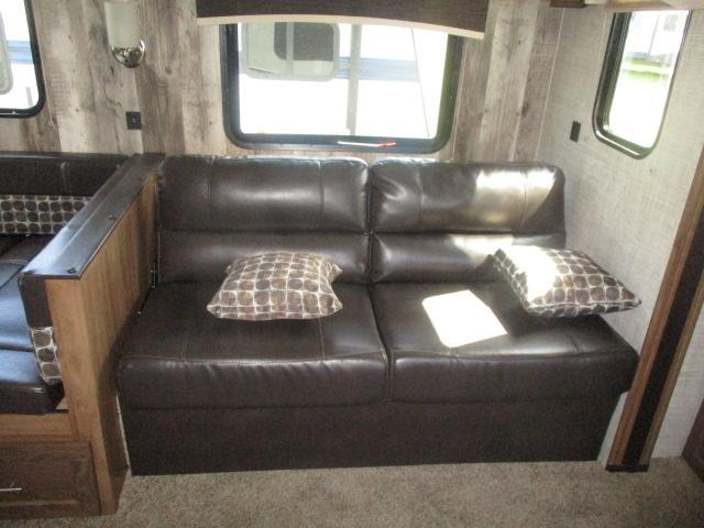 2020 Gulf Stream Coach Conquest 30FRK