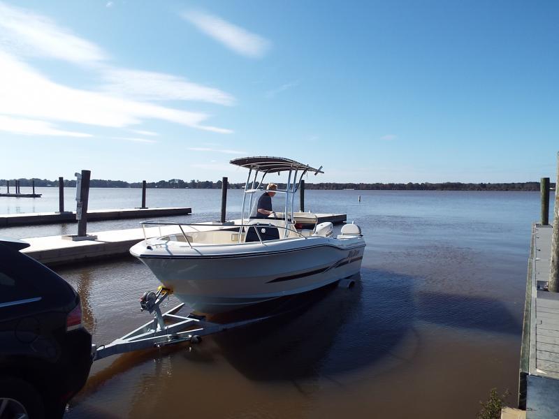 2016 Caravelle Boat Group Key Largo 2000CC SPORTFISH