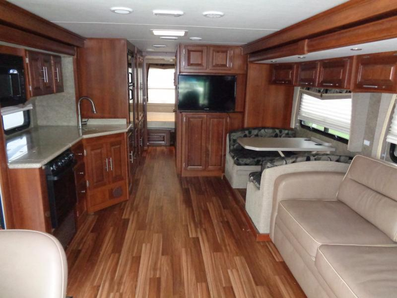 2015 Forest River Georgetown 328TS