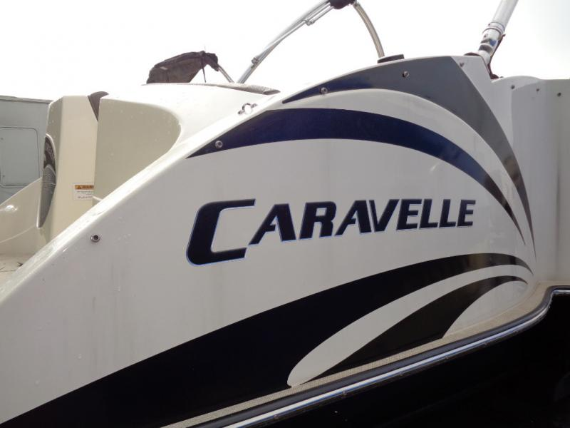 2016 Caravelle Razor 247UU