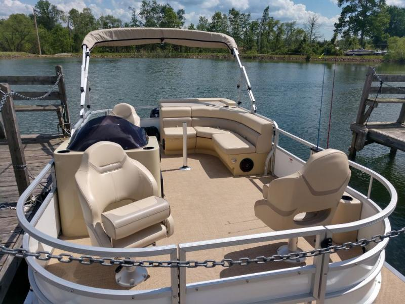2019 Lexington Marine Group Lexington 319
