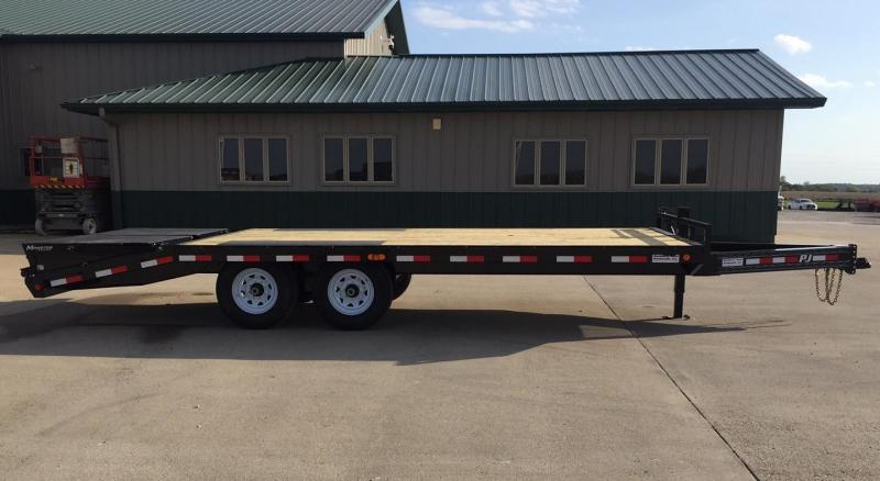 2019 PJ Trailers F8 Deck-over Flatbed Trailer