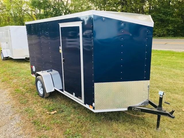 2019 United Trailers XLV-58SA30 Enclosed Cargo Trailer