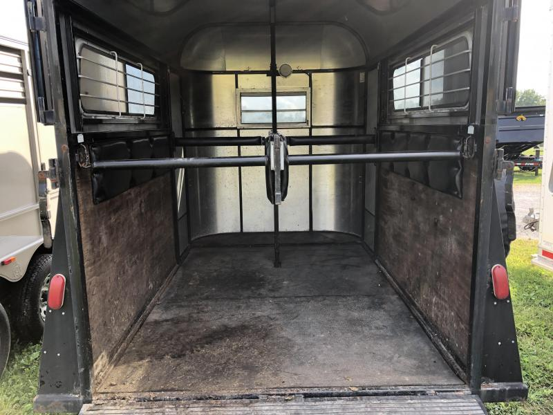 1999 Kingston Trailers Inc. 2 horse BP Horse Trailer