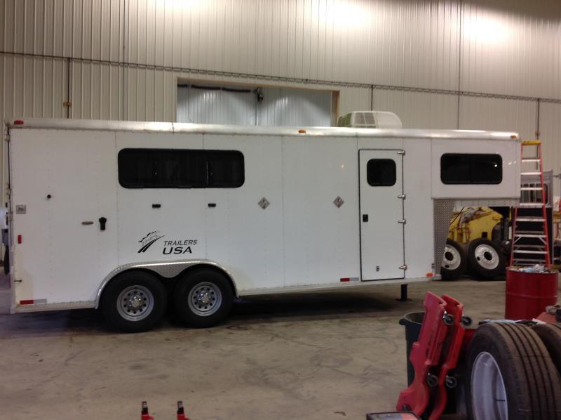 2015 Trailers Usa Inc 3 Horse Gn Slant Trailer: Kiefer Horse Trailer Wiring Diagram At Satuska.co