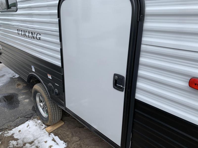 2019 Viking RV 17BH Travel Trailer