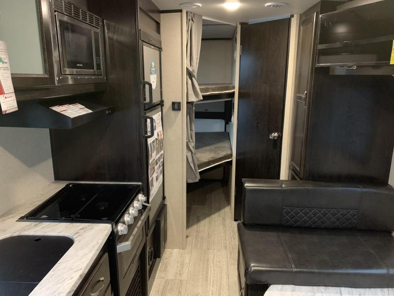 2019 Coachmen SPIRIT 2245BH Travel Trailer