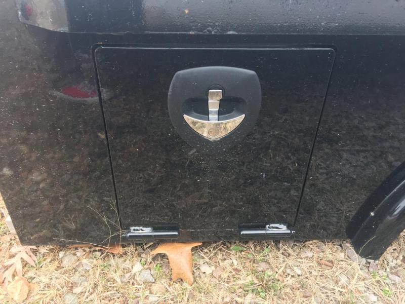 Crownline Skirted Single Rear Wheel