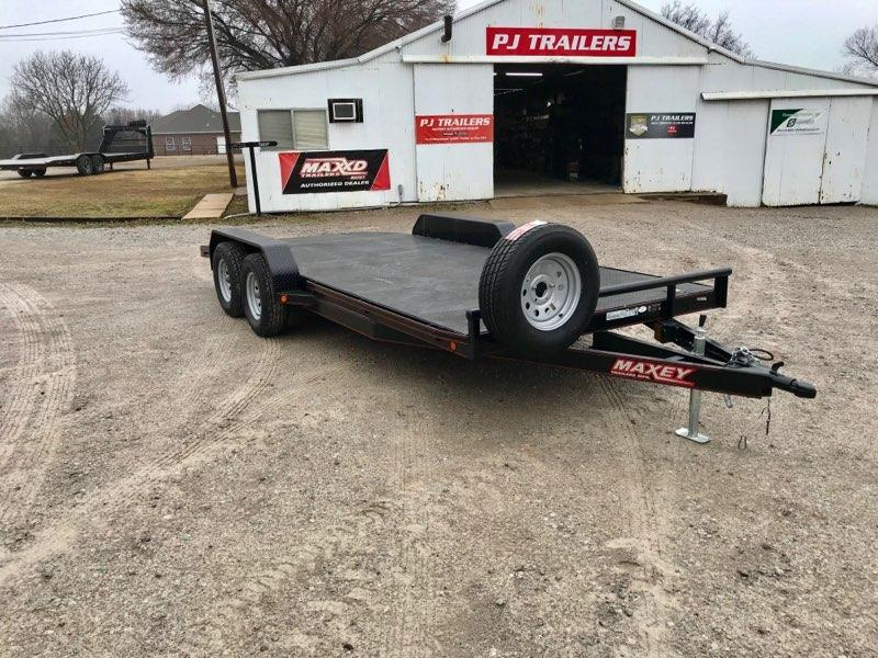 "2015 MAXXD 18' x 83"" Channel Car Hauler"