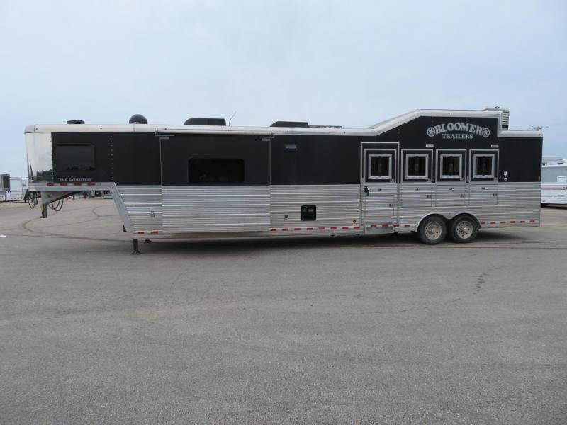 2012 Bloomer 8416 4 Horse Trailer 16 LQ With Slides Slant